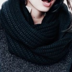 J. Crew Accessories - J. Crew Cashmere Blend Infinity Scarf