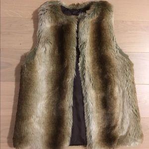 Karen Zambos Jackets & Blazers - Karen Zambos Faux Fur Vest