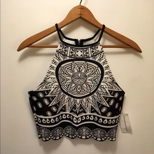 Black and white scalloped crop top