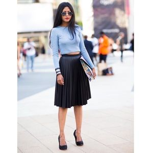 ad86e1b15 Topshop Skirts | Pu Black Pleated Midi Skirt | Poshmark