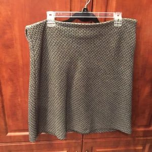 Tweed gray and black skirt