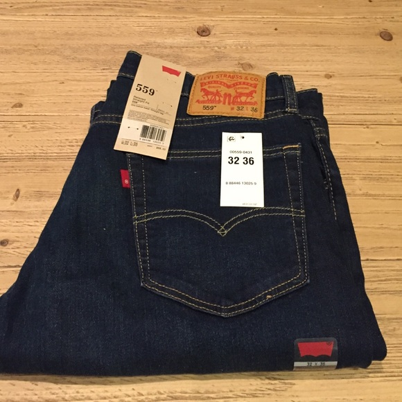 38 off levi 39 s other levis 32 36 559 relaxed straight fit blue jean from zcf shop 39 s closet on. Black Bedroom Furniture Sets. Home Design Ideas