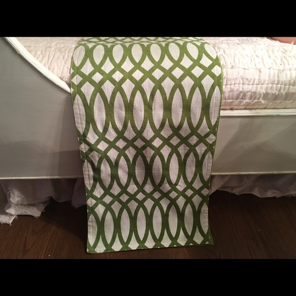 Z gallerie green & white table runner