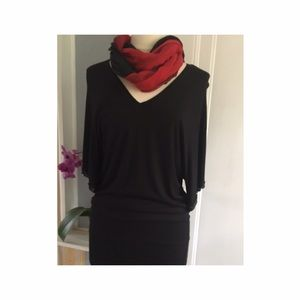 Les Copains Dresses & Skirts - Black cotton dress with sequin decorated sleeves.