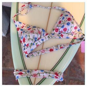 🆕 GUESS floral bikini size medium