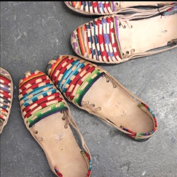 9af24fa02646 Authentic Mexican Huaraches for Woman. Boutique. Handmade
