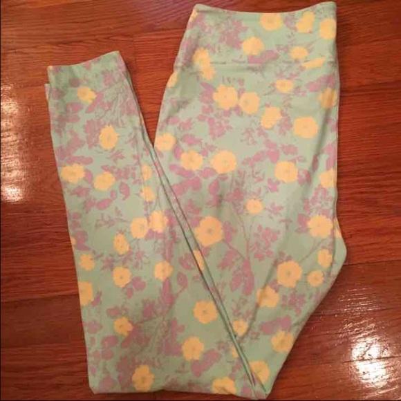 48961bab01ae0b LuLaRoe Pants | Nwt Pastel Floral Leggings | Poshmark