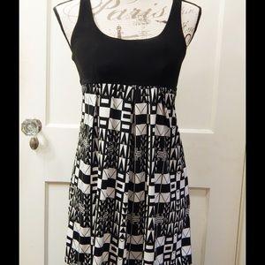 Forever 21 Retro Print Black and White Dress Sz S