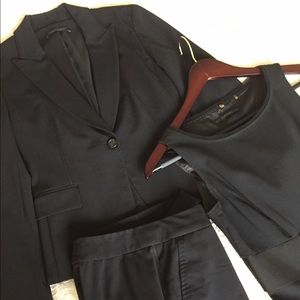 Elie Tahari Dresses & Skirts - 3 piece Elie Tahari suit black, P0
