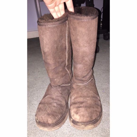 tall brown uggs
