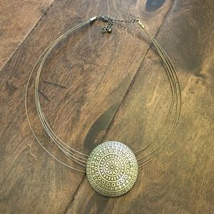 Jewelry - Metal statement necklace