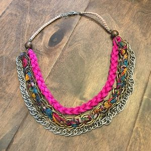 Jewelry - Gorgeous statement necklace