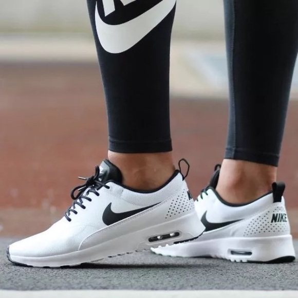 buy popular 796be 0f40e Womens Nike Air Max Thea Sneakers