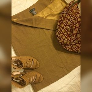 Banana Republic Dresses & Skirts - Banana Republic Wool Pencil Skirt Size 14