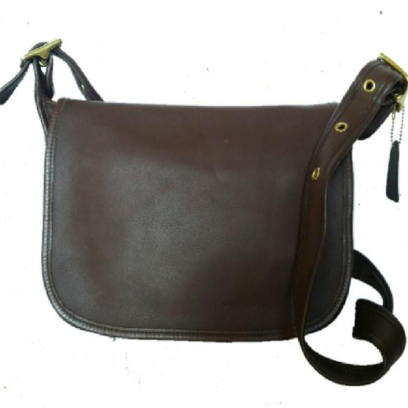 0957c846a5b5 Coach Handbags - Coach Vintage Patricia Legacy Shoulder Bag