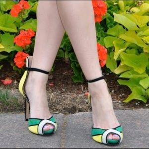 Zara Shoes - Color block heels