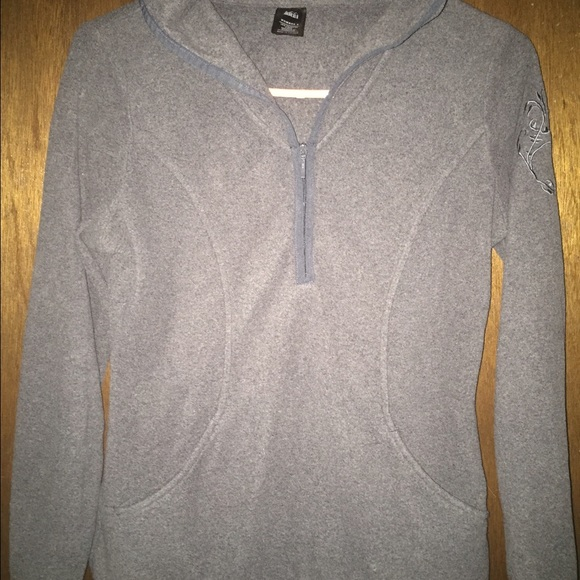 REI - REI grey fleece pullover from Wendy's closet on Poshmark