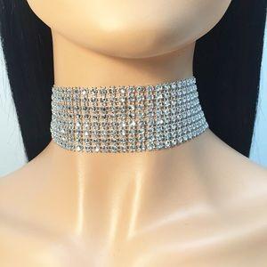 Jewelry - Glitzy Rhinestone Wide Choker