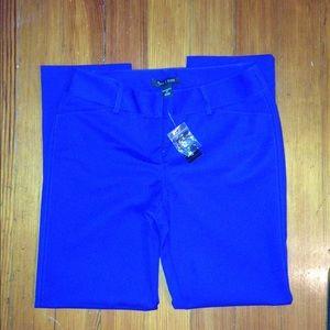 White House Black Market Pants - ✳️NWT WHBM Royal Blue Capris Sz 2