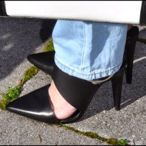 Zara Shoes - Black pumps