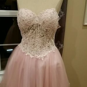 La Femme Dresses & Skirts - IT'S FORMAL TIME!!!!  Party Dress pretty in pink