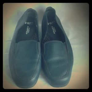 Hush Puppies Shoes - FINAL PRICE DROP  Hush Puppies navy loafer 7.5 EW