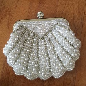 Handbags - Sea shell clutch