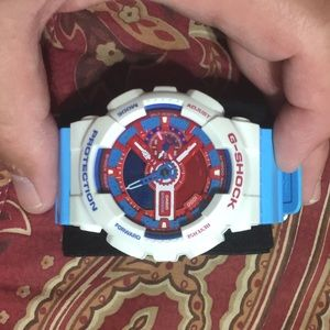 Casio Other - Limited edition Casio g-shock xl watch