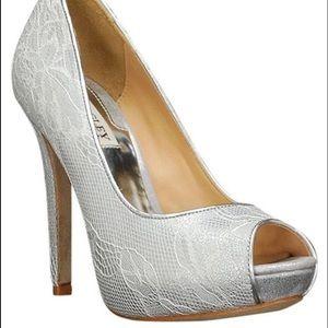 💍👰🏻 bride style 7.5 Bagdley Mischka heels