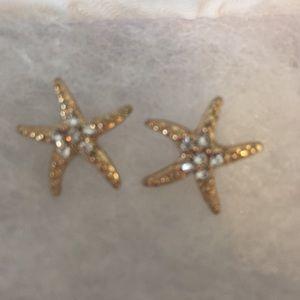 Gold starfish stud earrings