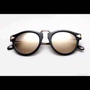Karen Walker Accessories - *Like New*😎Karen Walker Superstars Helter Skelter