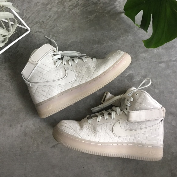 brand new 7dad7 88bf4 Women's Nike Quilted Air Force 1 HI SIZE 7, QS