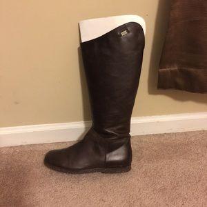 09ce7c26f9e PRICE REDUCED!!! Emu Armidale leather boots size 9