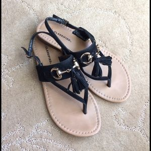 Shoes - Sandals with tassels