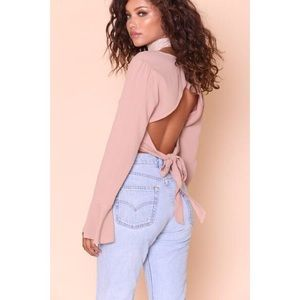 Mauve Open Tie Back Bell Sleeve Crop Top