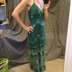 Dresses - Halter top maxi dress