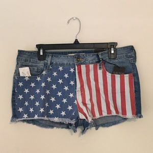 NTW American Flag Denim Shorts!