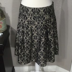 Mossimo Supply Co Dresses & Skirts - Beautiful Silky Mossimo Skirt Size 6 🎀