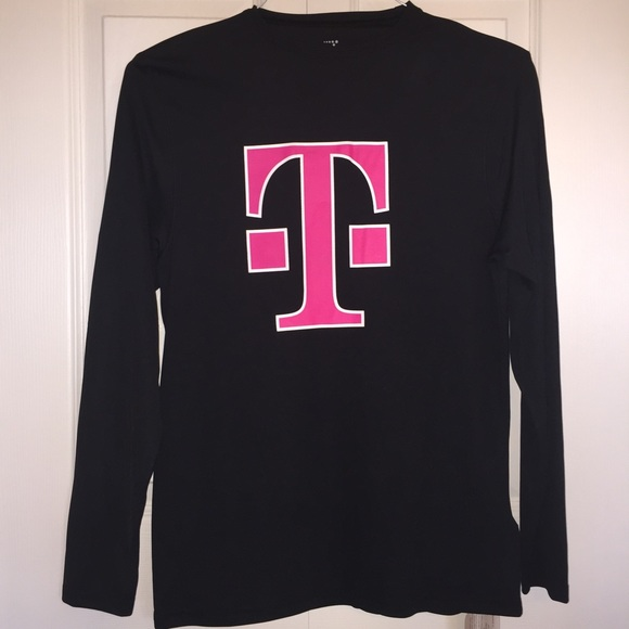 T-Mobile Branded Men's Long Sleeve Shirt - Small NWT
