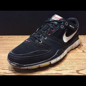 Women's Nike Free Run Shoes! Black - Size 6.5