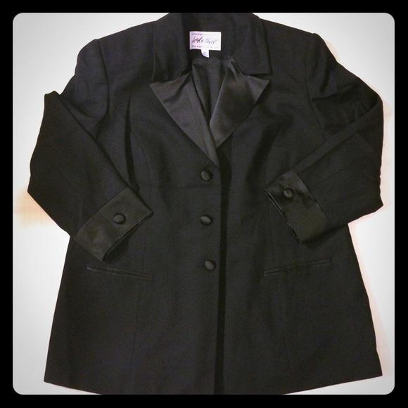 f394082966d Lord   Taylor 💄 Plus Size Tuxedo Blazer