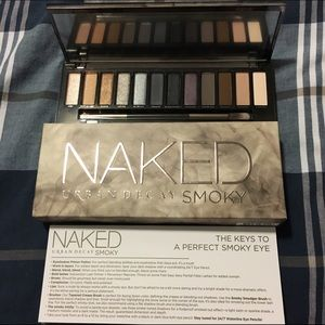 Urban Decay Other - HOST PICK✨NIB- UD Naked Smoky Eye Palette✨