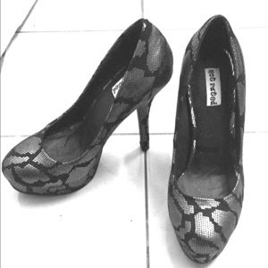 Not Rated Shoes - Not Rated Black and Silver Heels NWOT