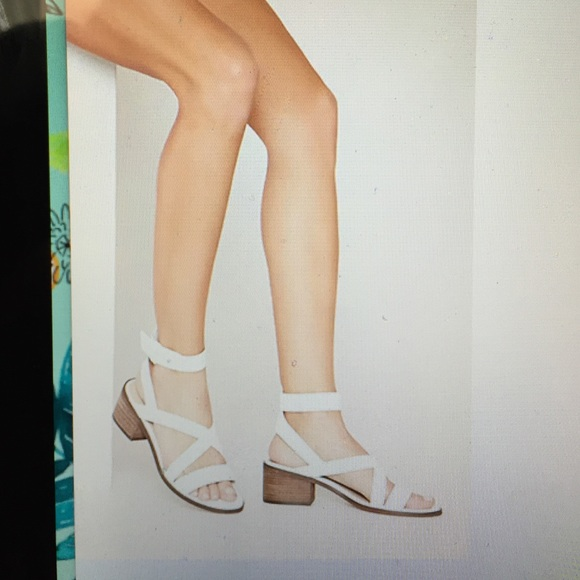 f92c2f5eb44 Forever 21 Shoes - White 2 inch block heel sandals