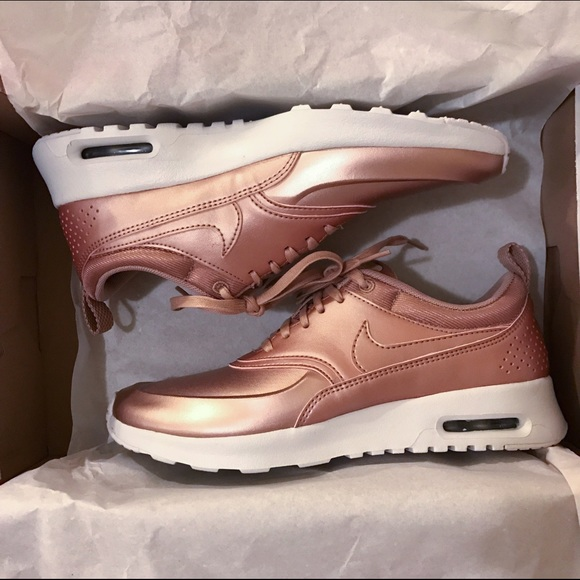 NEW Nike Air Max Thea SE Rose Gold Size 7 dc1418988b