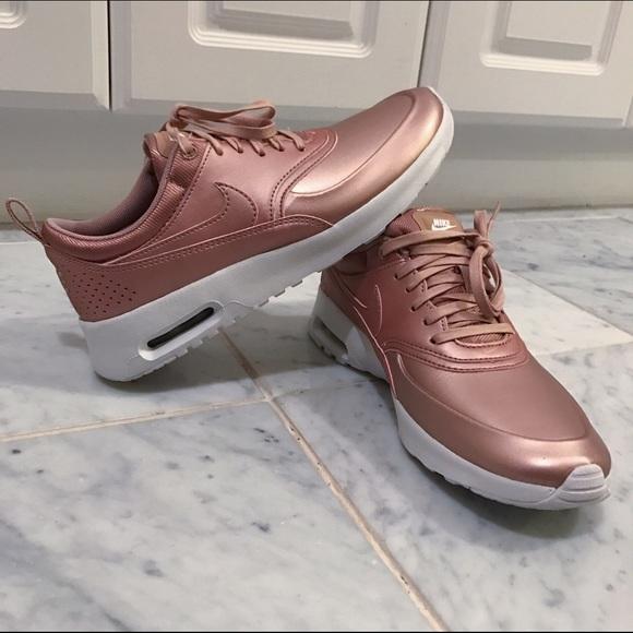 Nike Air Max Thea Rosa Del Vestito Di Mutanda Delle Donne Oro fSa4ZhWq