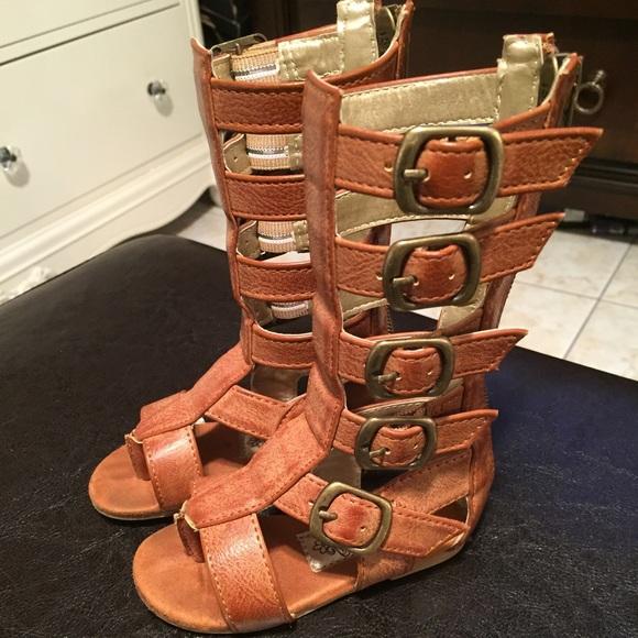 c9dd4f6c32a Joyfolie Gladiator Sandals