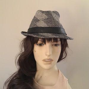 Accessories - Fedora Hat in tweed M/L