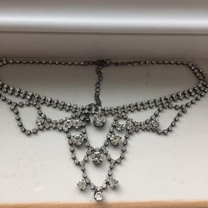 Jewelry - Statement Crystal necklace