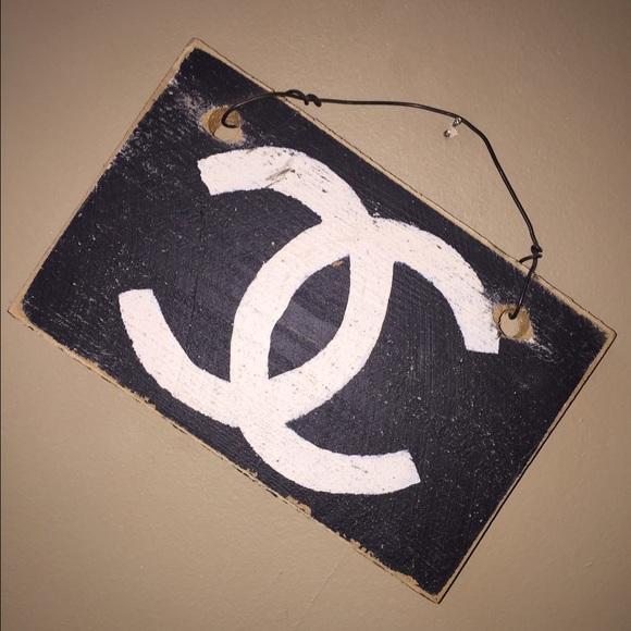 3df81c55 Brandy Melville Accessories - Brandy Melville | John Galt Chanel Sign